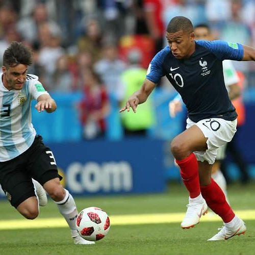 No ritmo de Mbappé, França avança às quartas de final e elimina Argentina da Copa
