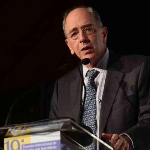 Pedro Parente deixa a presidência da Petrobras