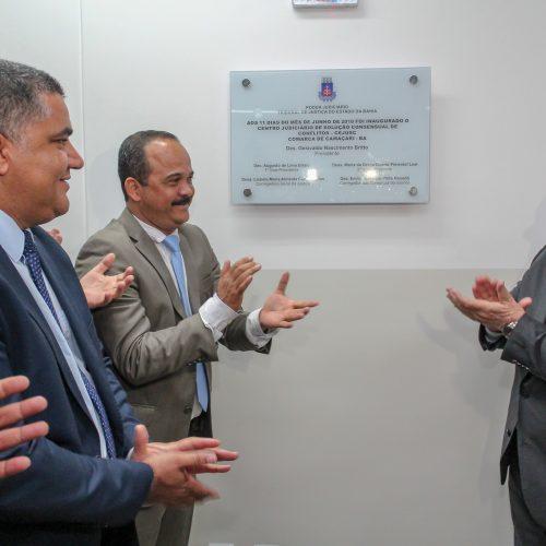 Camaçari: Prefeito prestigia inauguração de centro judiciário