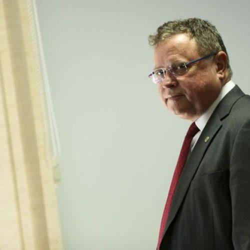 STF restringe foro e envia inquérito contra ministro para 1ª instância