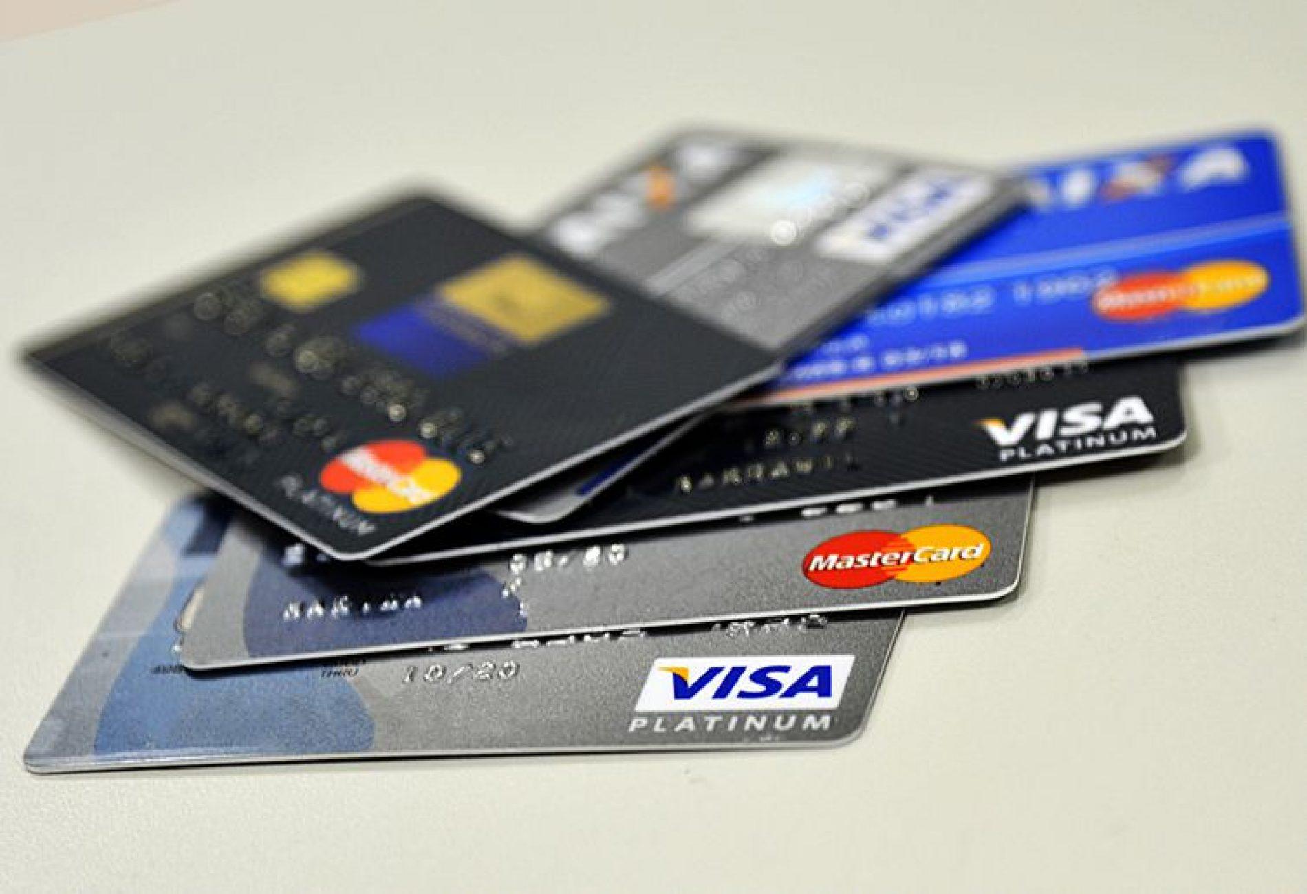 CPI dos Cartões de Crédito recomenda medidas para reduzir risco