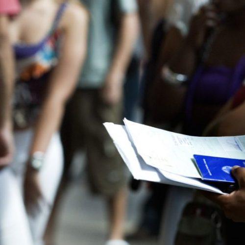 Ipea: perfil do desempregado é mulher, nordestina, entre 18 e 24 anos