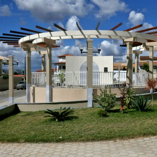 Aracatu é beneficiada com obras de abastecimento e infraestrutura