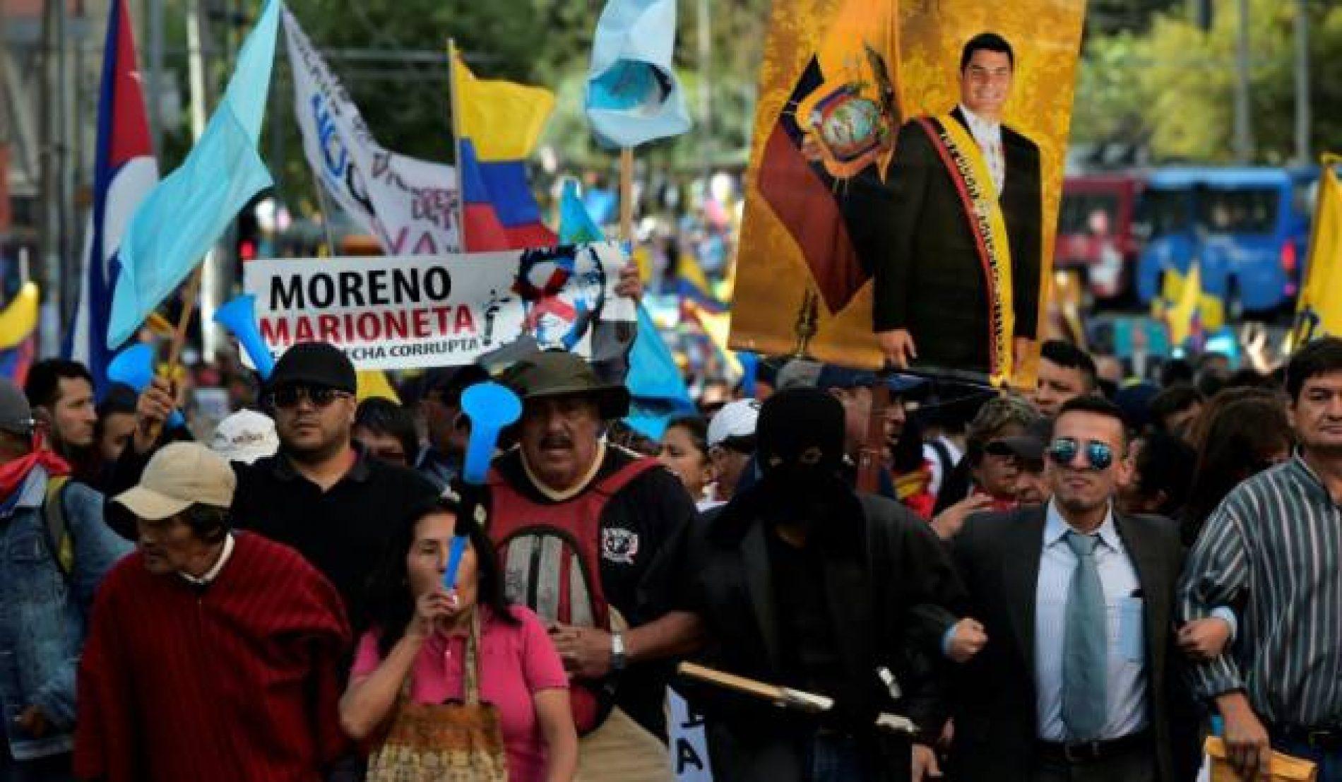 Mandato de prisão contra Correa provoca protestos no Equador