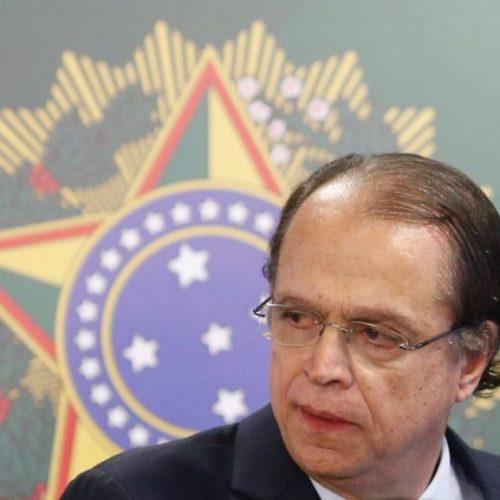 Ministro do Trabalho demite seis apadrinhados do PTB