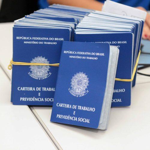 Prefeituras-Bairro já emitiram 566 carteiras de trabalho em menos de um mês
