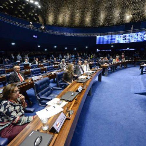 Senado aprova marcação antecipada de assento em voo sem cobrança
