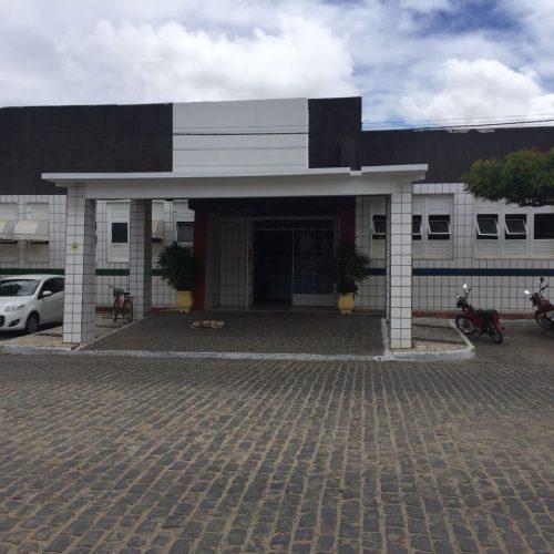 Vereadores de Riachão do Jacuípe apelam para governo manter Hospital