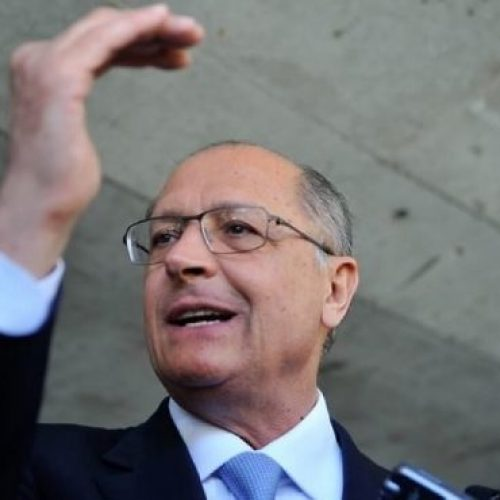 Alckmin critica declarações do vice de Bolsonaro sobre 13° e férias