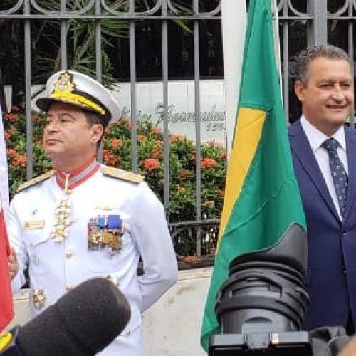 """""""Brasil tem que se tornar uma grande família"""", diz Rui em Salvador"""