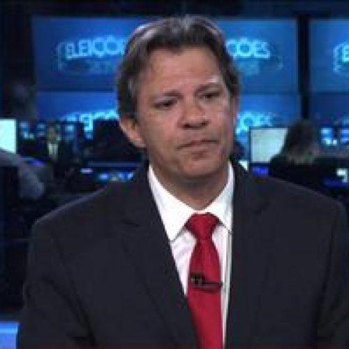 Candidato do PT, Haddad culpa o PSDB por recessão e 'sabotagem' a Dilma
