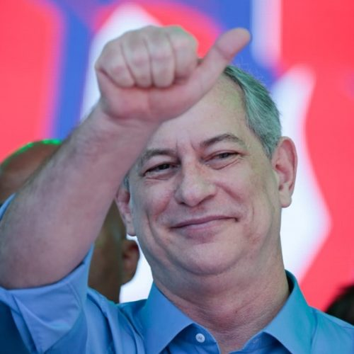 Ciro Gomes: declarações de Bolsonaro deixam claro anúncio de um golpe