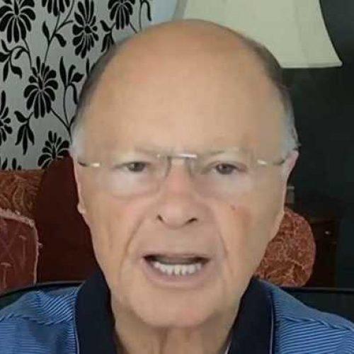 Edir Macedo, líder da Igreja Universal do Reino de Deus, declara apoio a Bolsonaro