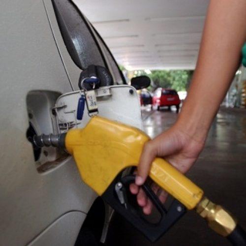 Em 14 meses Petrobras modificou valor dos combustíveis 245 vezes