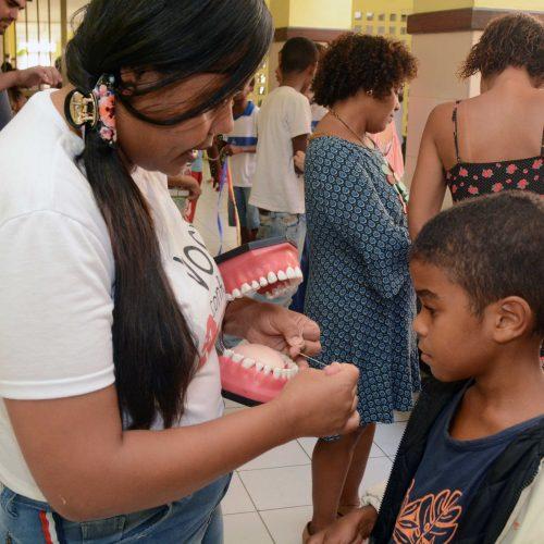 Feira de saúde na Escolab Boca do Rio recebe mais de 250 pessoas