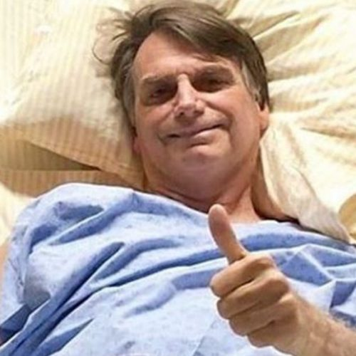 Bolsonaro mantém boa evolução clínica, diz boletim médico