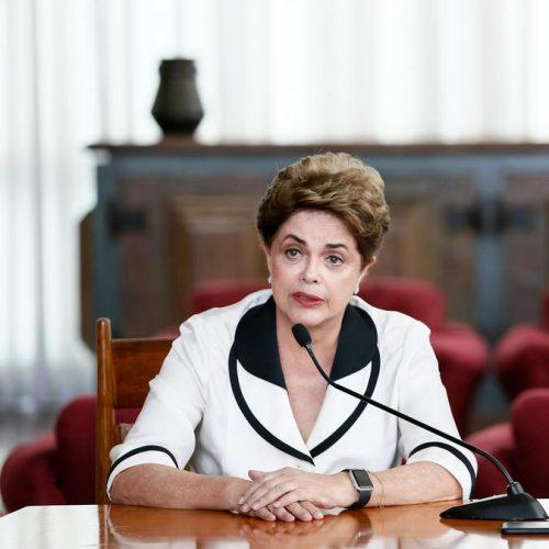 Dilma lamenta ataque a Bolsonaro e diz: 'Quando se planta ódio você colhe tempestade'