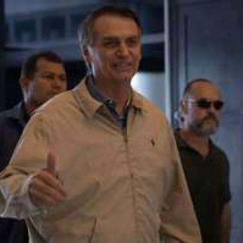 Bolsonaro ironiza apoio de Cid Gomes a Haddad e alfineta Ciro no Twitter