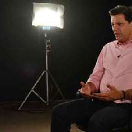 """Na TV, Haddad elogia Moro e critica """"erros graves"""" de Dilma"""