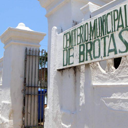 Salvador: Prefeitura reforça equipes dos cemitérios municipais no Dia de Finados