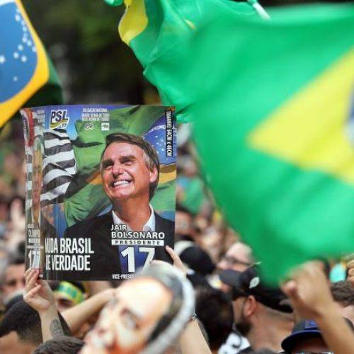 DataPoder360 em votos válidos: Bolsonaro tem 64% e Haddad, 36%