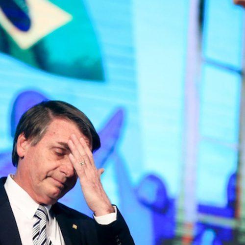 """Bolsonaro diz que acabará com """"coitadismo"""" de gays, negros e mulheres"""