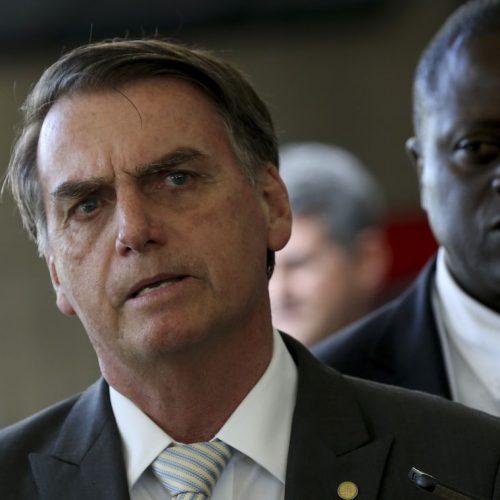 Bolsonaro diz que desconhece inquérito sobre Paulo Guedes