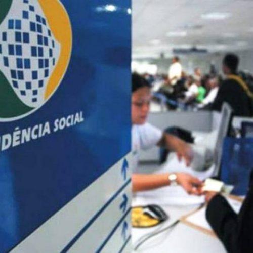 Bolsonaro quer votar logo idade mínima para aposentadoria de servidor