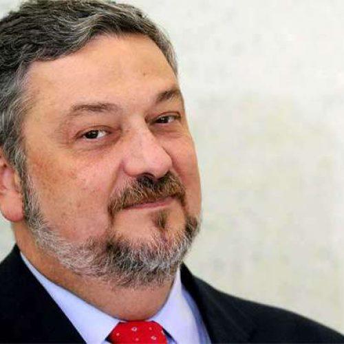 Ex-ministro Antonio Palocci deve deixar a cadeia amanhã
