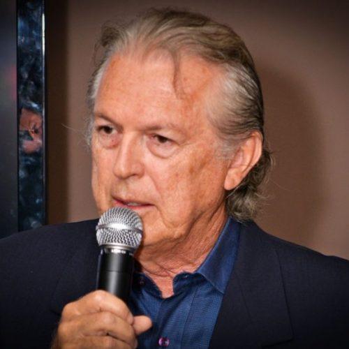 Luciano Bivar é reconduzido à presidência do PSL, de Bolsonaro