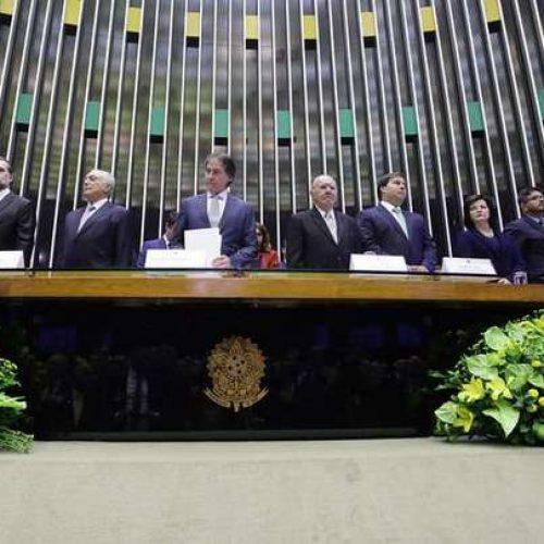 'Na democracia, só há um norte, o da Constituição', diz Bolsonaro