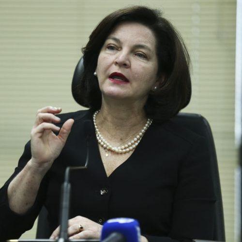 PGR pede que PT devolva dinheiro gasto com candidatura de Lula