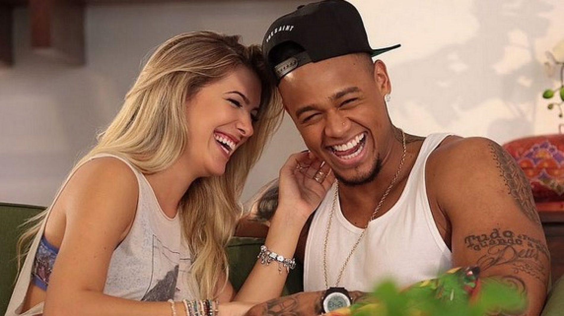 Pela quarta vez, Lorena Improta e Léo Santana estão namorando