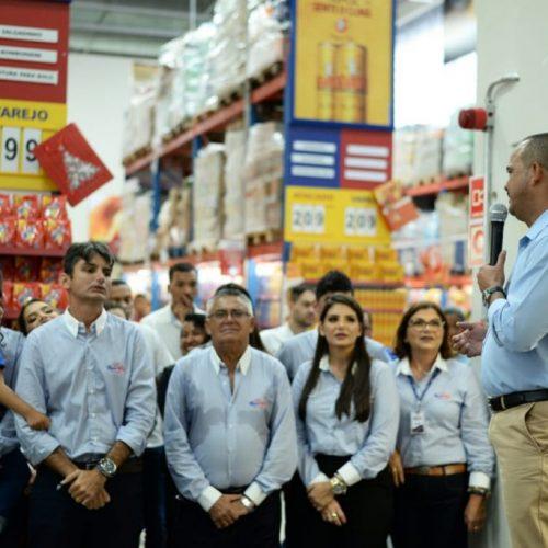 Camaçari: Prefeito participa da inauguração de loja do Novo Mix Atacadão