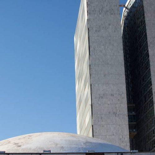 Senado volta a pautar projeto que enfraquece a Lei da Ficha Limpa