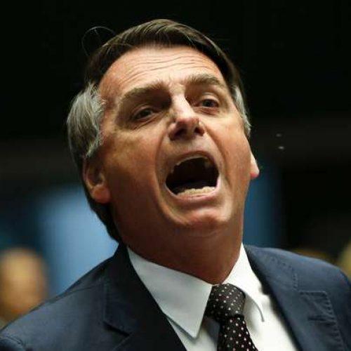 """""""Vai valer a pena ser corrupto no Brasil"""", diz Bolsonaro sobre soltura de Lula"""