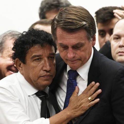 Bolsonaro diz que dar ministério para Magno Malta não é 'adequado' no momento