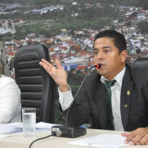 Jequié: Câmara aprova LOA de 2019 no valor estimado de R$ 490 milhões e entra em recesso