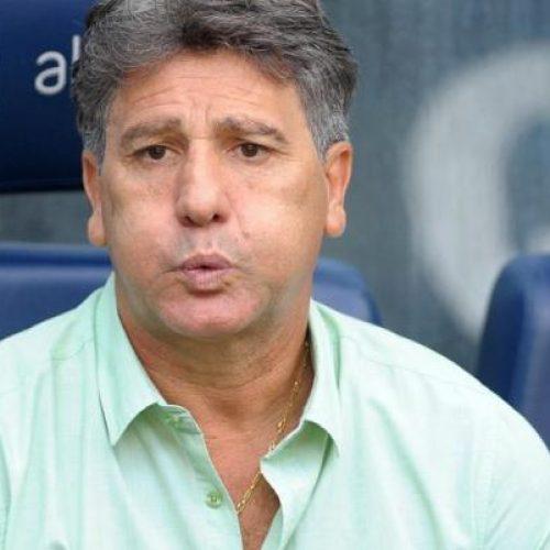CBF terá que reprovar Renato Gaúcho em curso de treinador