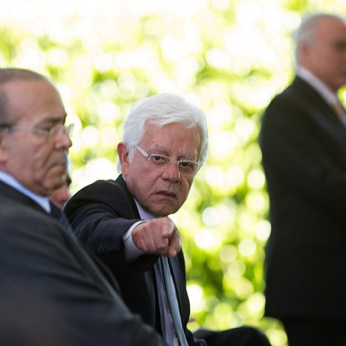 Dodge quer inquérito de ministros Padilha e Franco na Justiça Federal