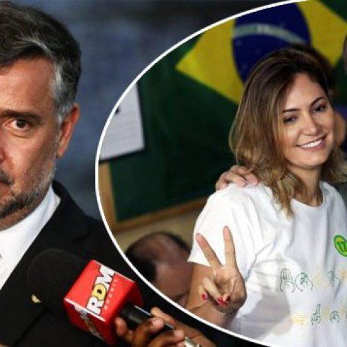 Líder do PT entra com representação contra Flávio e Michele Bolsonaro na PGR