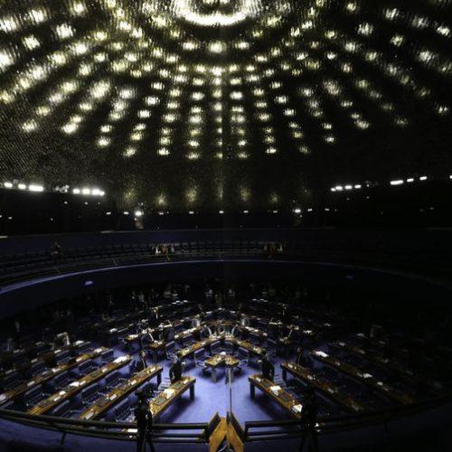 Senado deve contrariar STF e manter votação secreta