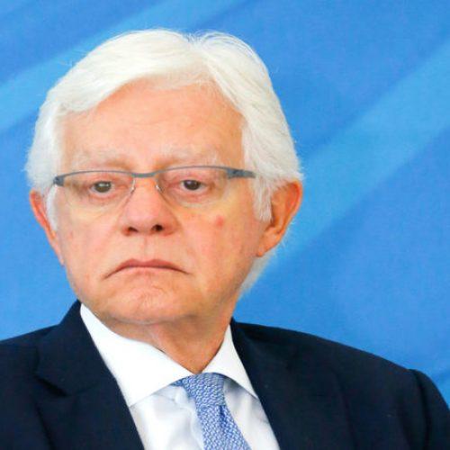 Moreira Franco avalia reduzir requisito mínimo para mercado de energia