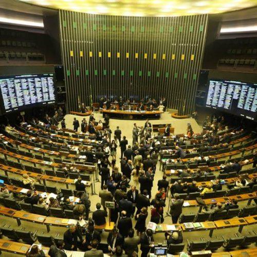 Oposição luta por mais espaço na Câmara dos Deputados