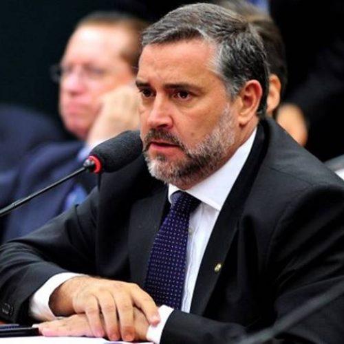 Após acordo entre PSL e Maia, PT descarta apoio ao Democrata