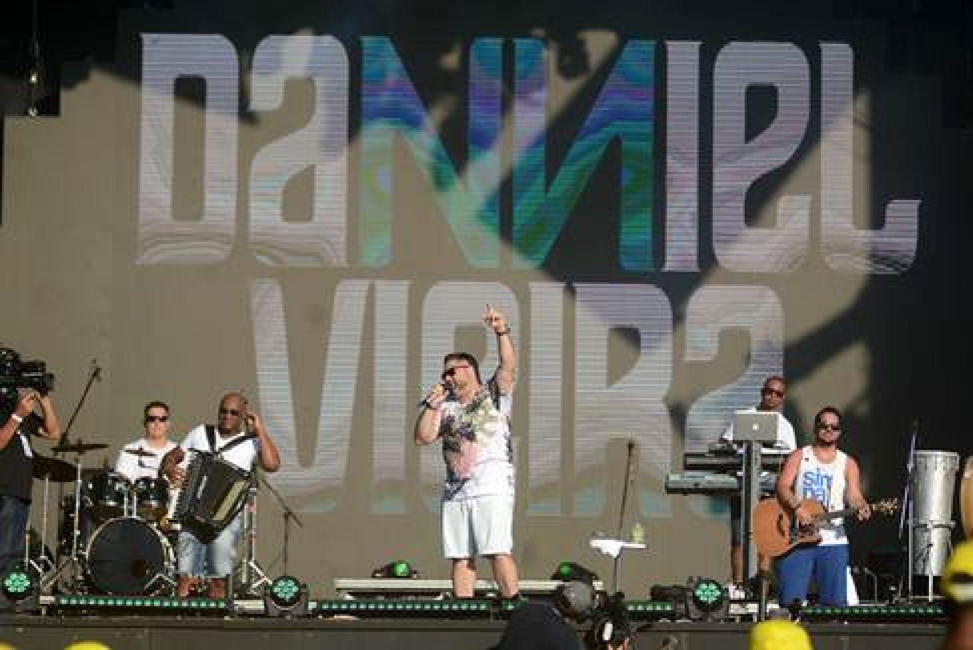 Danniel Vieira abre último dia de shows do Festival Virada Salvador