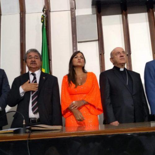 Geraldo Júnior participa da primeira solenidade oficial como presidente da Câmara