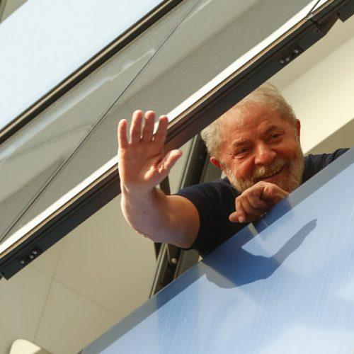 Juíza endurece prisão de Lula e reduz visitas de Haddad e religiosos