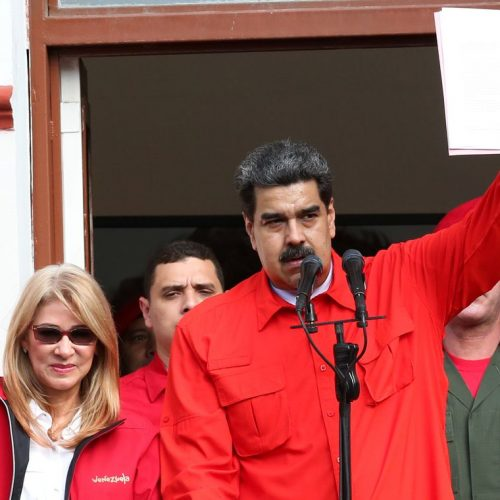 Maduro fecha embaixada e consulados nos Estados Unidos