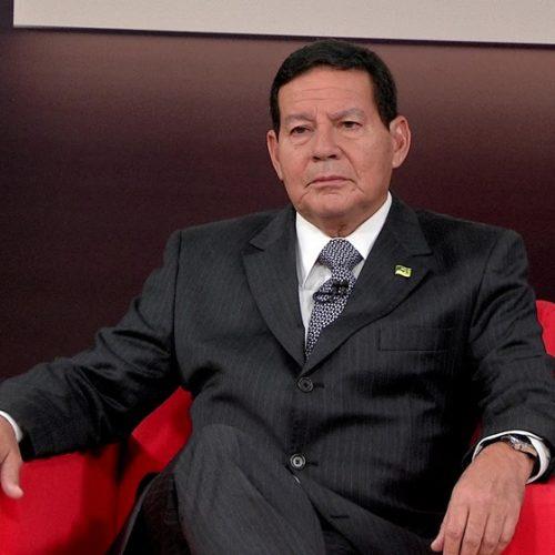 """Brasil pode adotar """"pequenas sanções"""" à Venezuela, diz Mourão"""